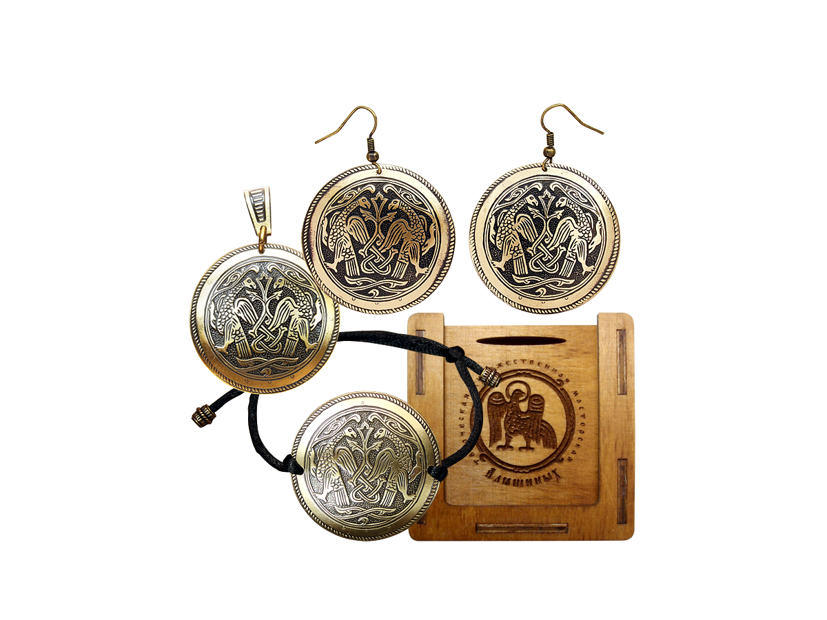 """Jewelry set """"Suzdal hawks"""" in a gift box."""