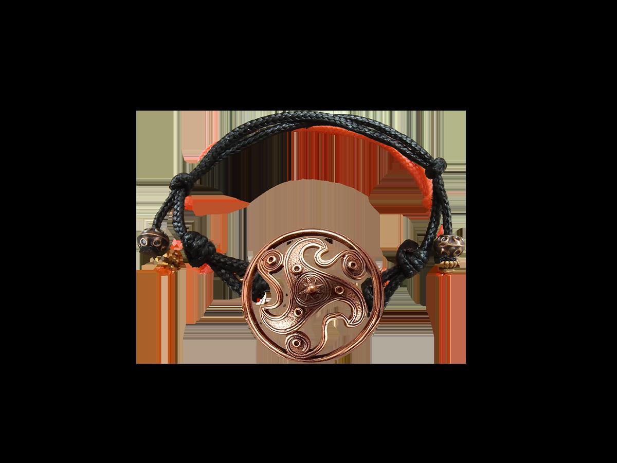 Браслет-шнурок «Трискелион»