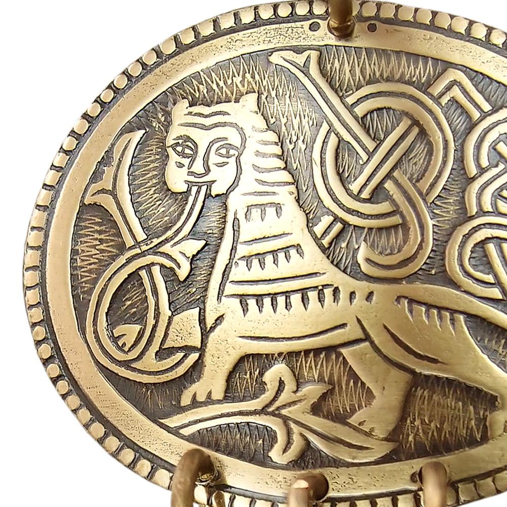 "Noisy pendant ""King of beasts"""
